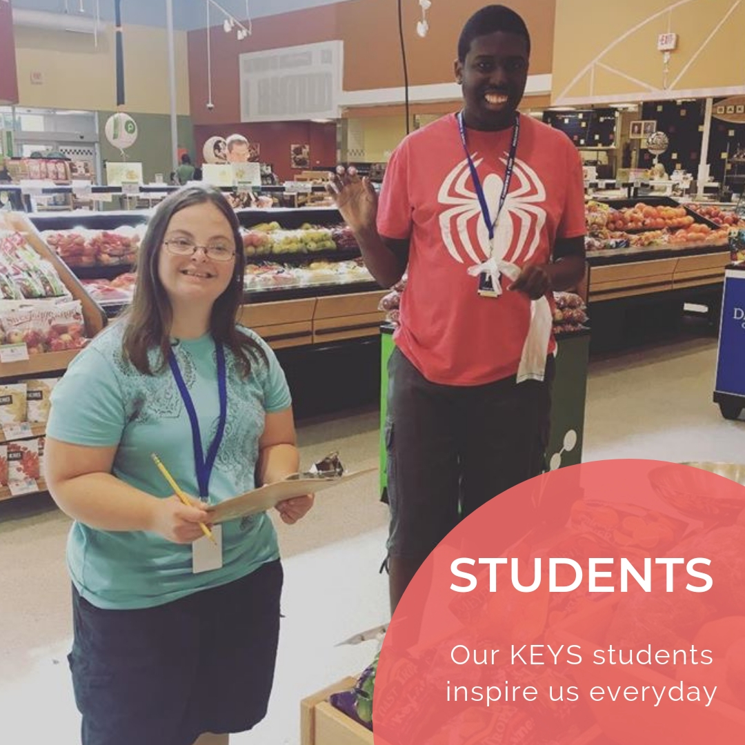 Image of KEYS students shopping for produce at the grocery store